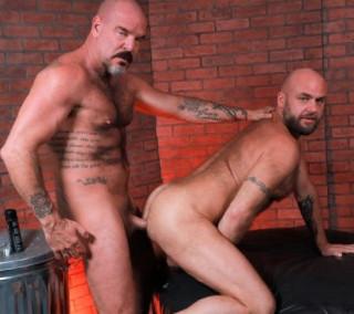 Daddy's In The Bear Den: Jack Dyer, Jax Hammer