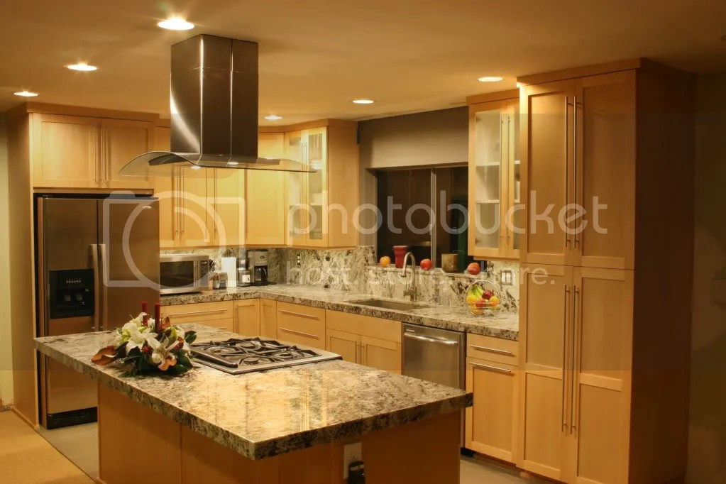 Help me pick a granite! Natural maple cabinets/dark floors on Natural Maple Cabinets With Black Granite Countertops  id=72532