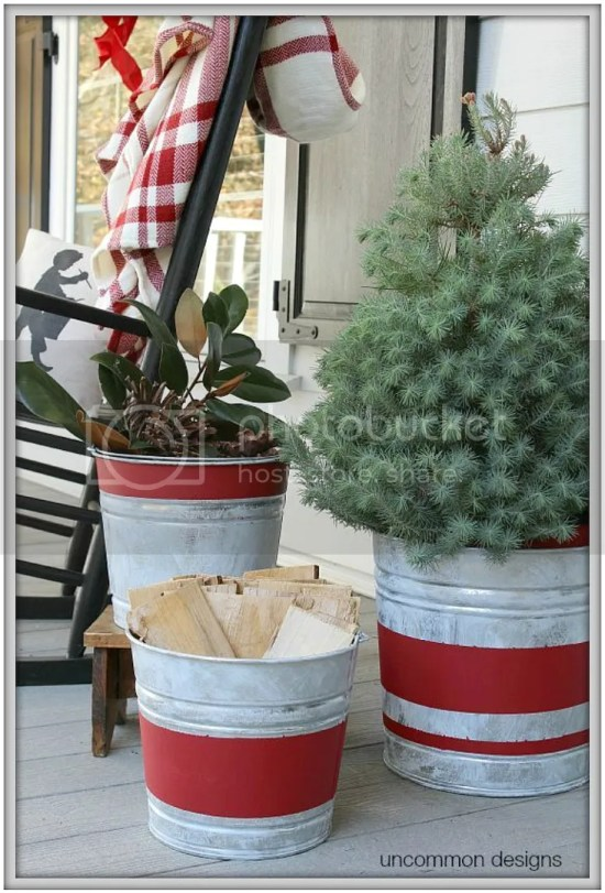DIY Rustic Christmas Containers....ideas and tutorials for creating a Farmhouse Christmas