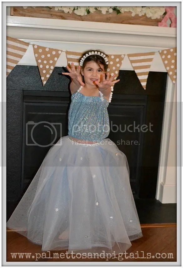 DIY Disney Frozen Elsa Dress Tutorial - Palmettos and Pigtails