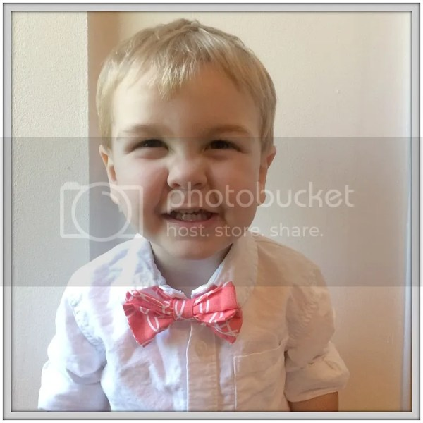 She altered a too-big necktie to create this adorable bow-tie! Step by step tutorial