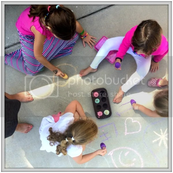 DIY Chalk Popsicles #tutorial #CampRakuhn #kidprojects #crafts