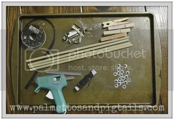 Materials to make spider corkscrew bows from Palmettos and Pigtails
