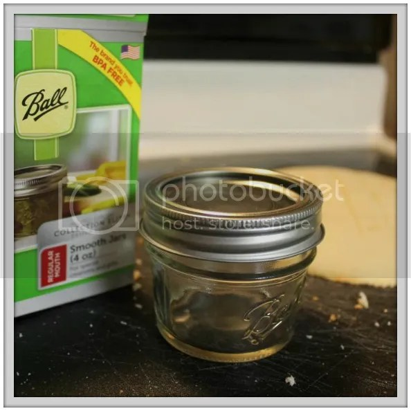 Cake-in-a-Jar Tutorial: The perfect neighbor or teacher gift! Palmettos and Pigtails