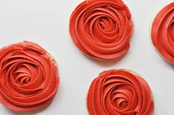 Buttercream rose cookies!