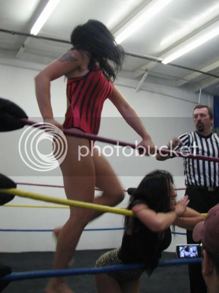 """Smokin' HOTT"" Nikki Lane relinquiashes her illegal eye gouge of Santana Garrett photo IMG_1838.jpg"
