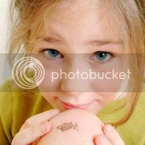 Child Behavior: Eeeew! - Pulling Scabs