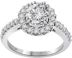 Lopott gyémánt helyett fürdőkristály
