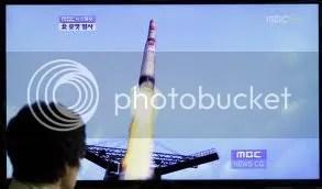 Koreai rakéta és japán riadólánc csődje