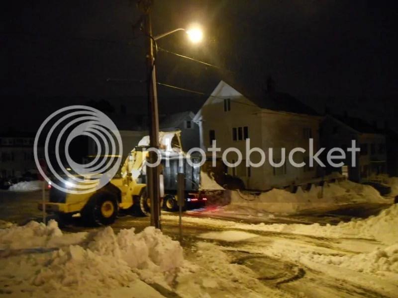 Blizzard Juno 2015 - Aftermath Loading Dumptrucks photo DSCN5084_zps638e4c78_1.jpg