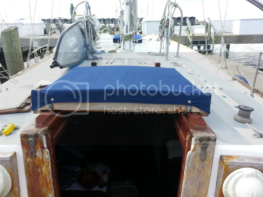 Companionway hatch front