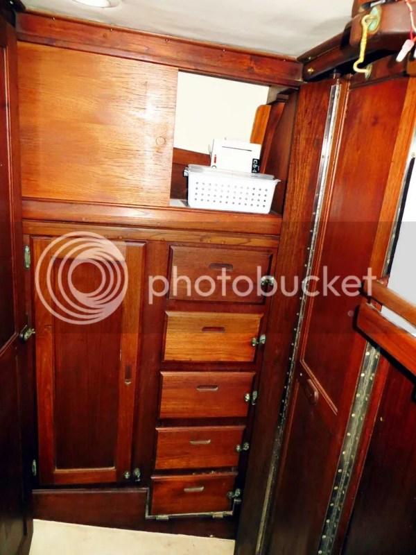 Head cabinets