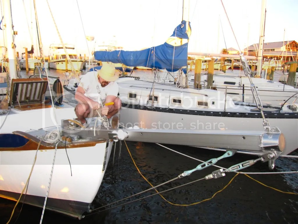 Tightening the forestay