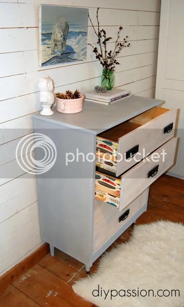 photo Annie-Sloan-dresser-6-617x1024_zps88c572d4.jpg