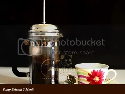 kopi_luwak_amstirdam_tutup_3_menit_French-Press-Sederhana