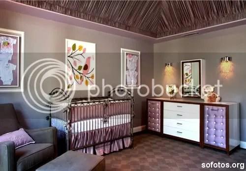 Quarto de bebe lilas