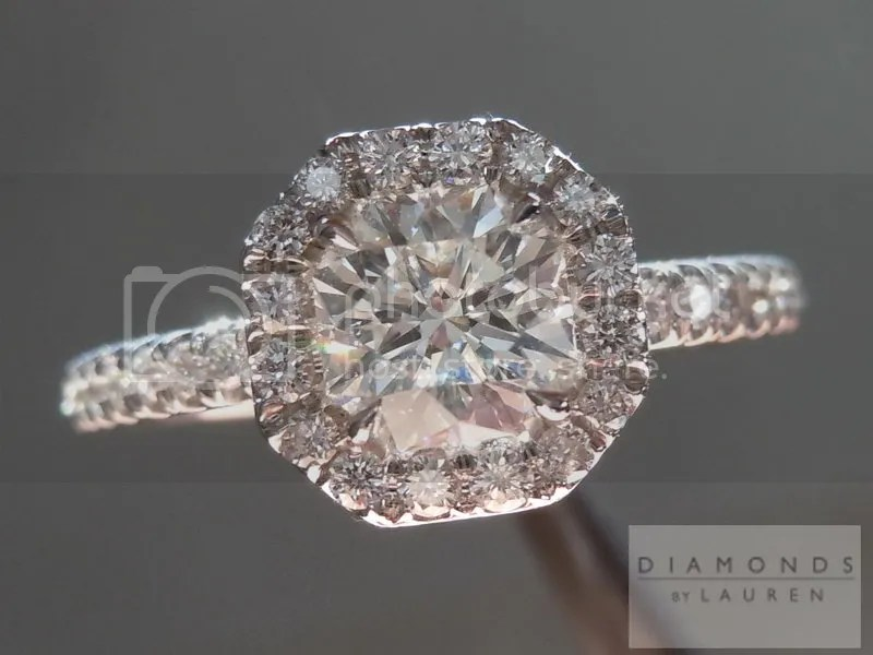 Octagon Brilliant Diamond Halo Ring