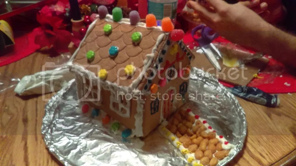photo gingerbread 2_zpspcc12c0y.jpg