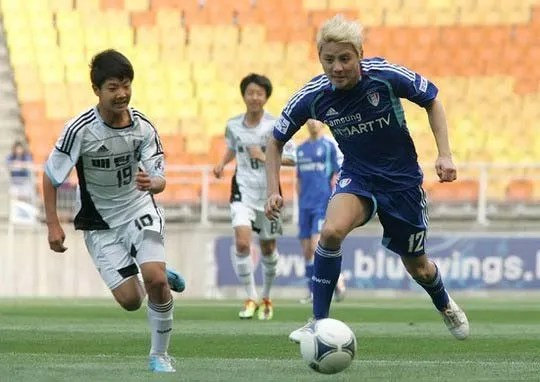 NEWS] 121106 JYJ Kim Junsu and FC Men to Shower 1111 Fans