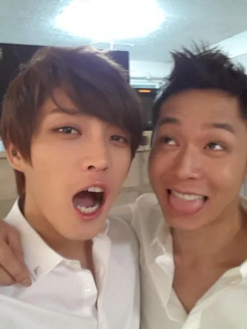 News 18 10 2012 Jyj Mitglieder Machen Zusammen Witzige Gesichter