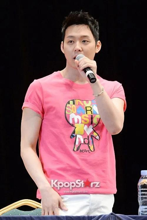 photo 67185-2013-nii-jyj-fan-event.jpg