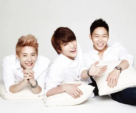 photo 20130417_jyj_globaltonymolygreeting.jpg