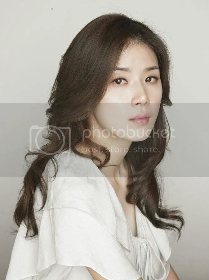 Lee Bo Young 1