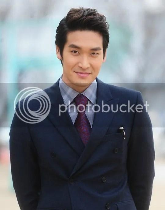 Jung Gyu Woon