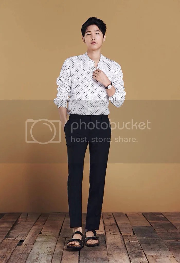 Song Joong Ki para TOPTEN, verano de 2016. 27