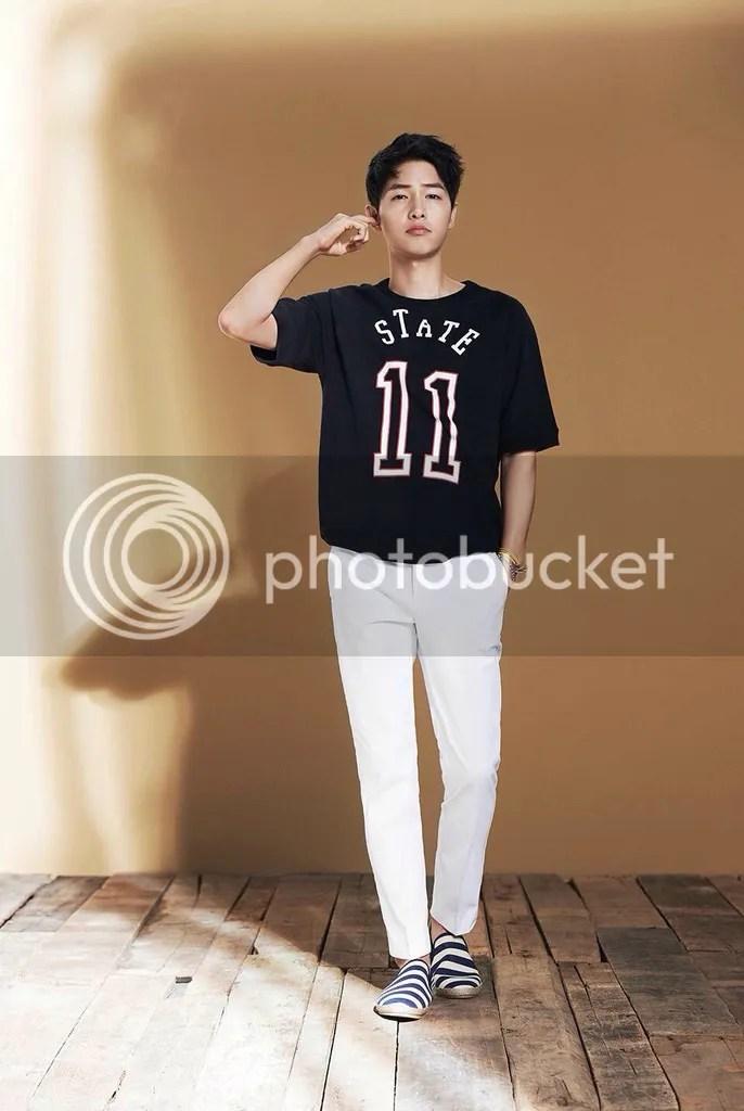 Song Joong Ki para TOPTEN Corea, verano de 2016. 28