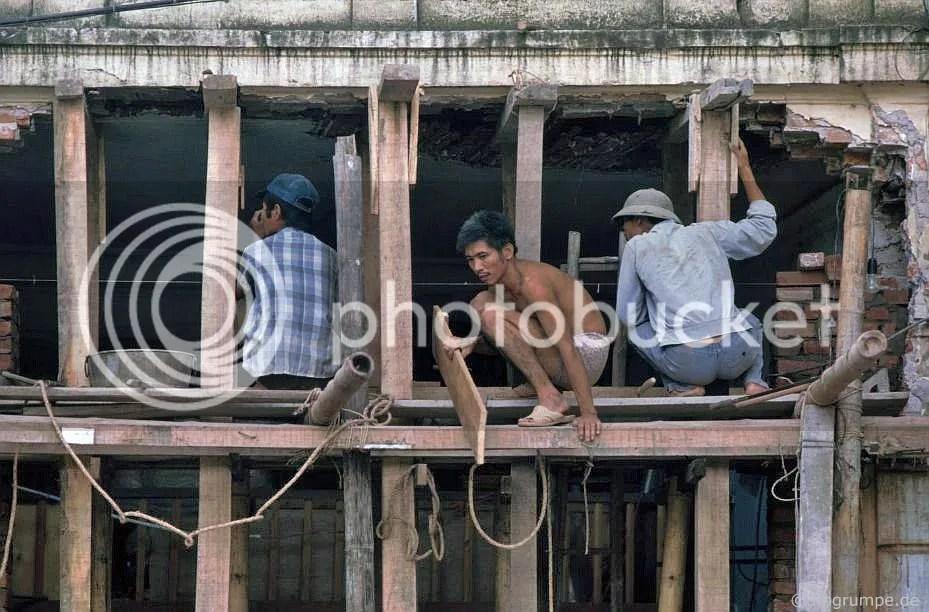 Hà Nội: Phố Lò Đúc - xây dựng