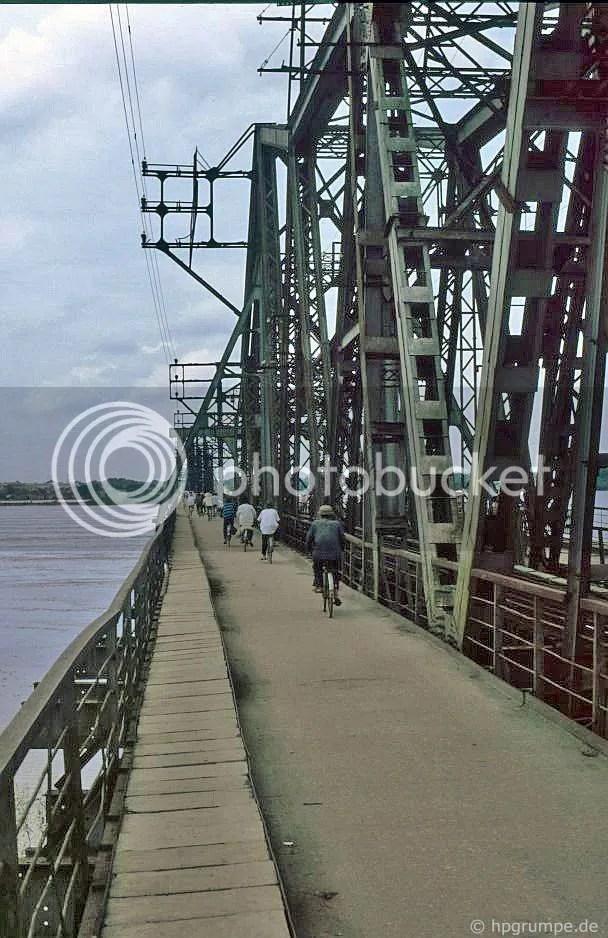 cầu Long Biên Hà Nội qua sông Hồng