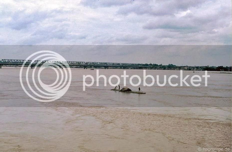 Hà Nội: Cầu Chong Dương qua sông Hồng