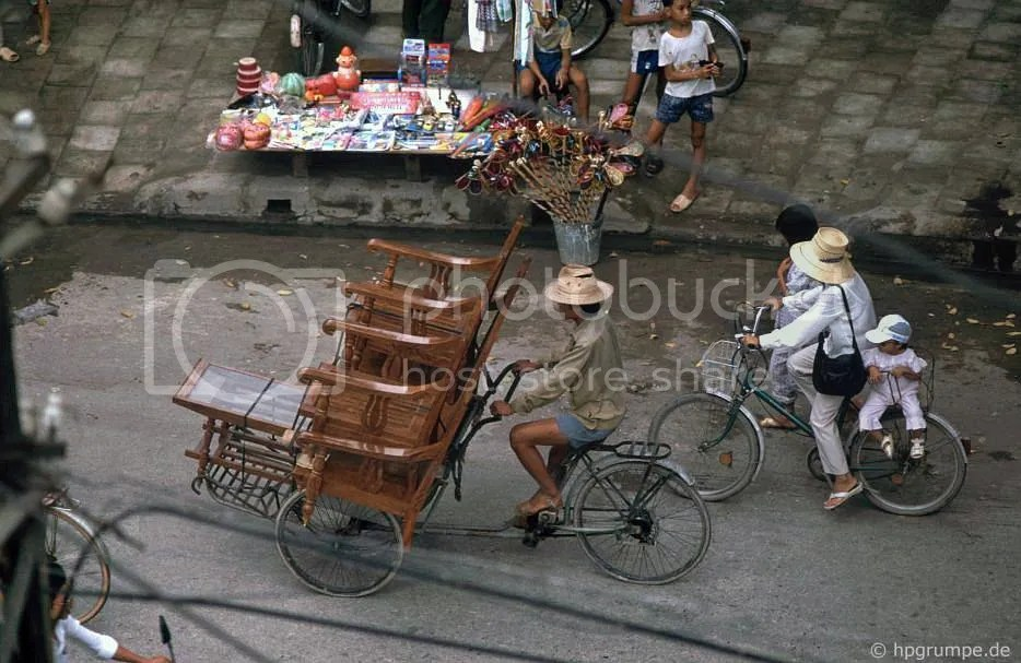 Hà Nội: Cyclo-Möbeltransport