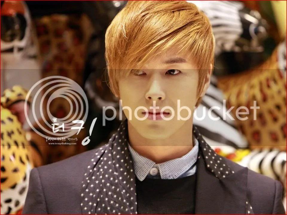 Hội những bạn trẻ phát cuồng vì anh Yunho(DBSK) Vàng Hoe
