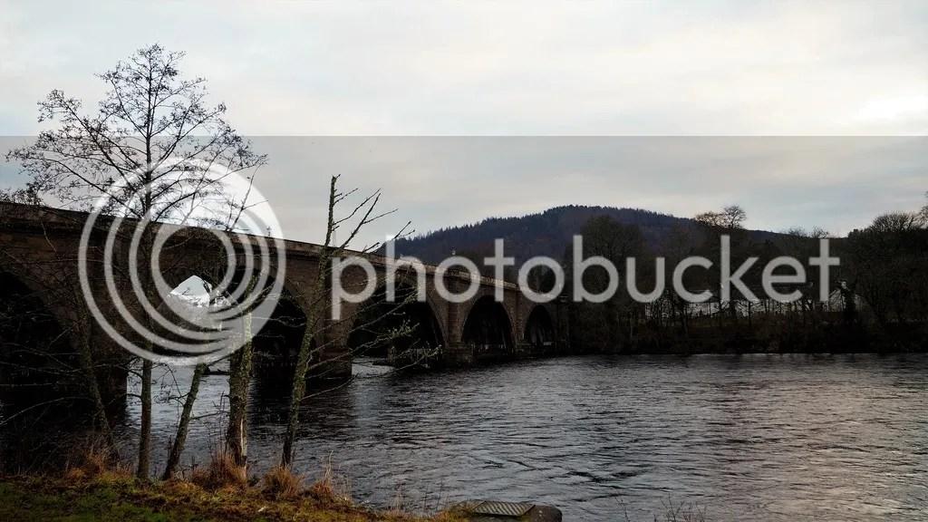 photo River_Tay_Dunkeld_zpsd5vyhn7v.jpg