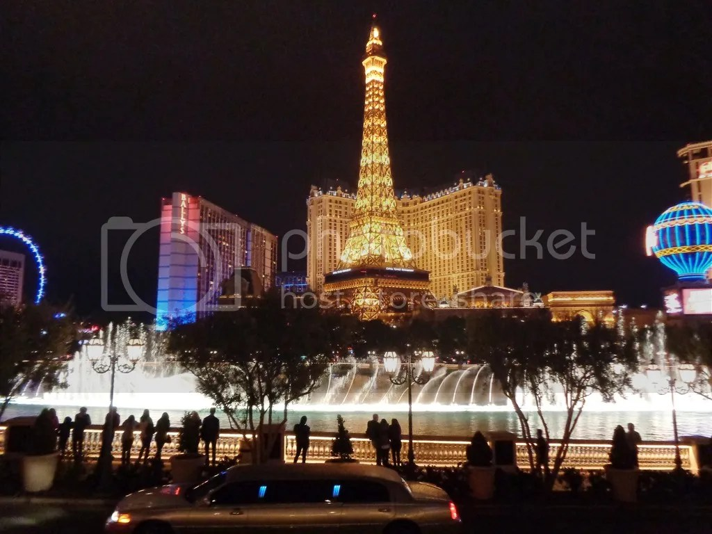 photo Bellagio_Fountain_Show_zps6v7xctgb.jpg