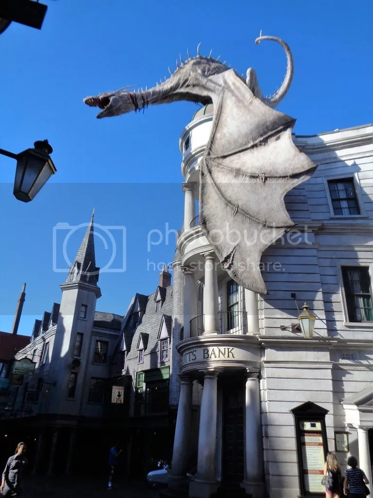 photo Gringotts_Bank_Universal_Orlando_zpskkeff1k5.jpg