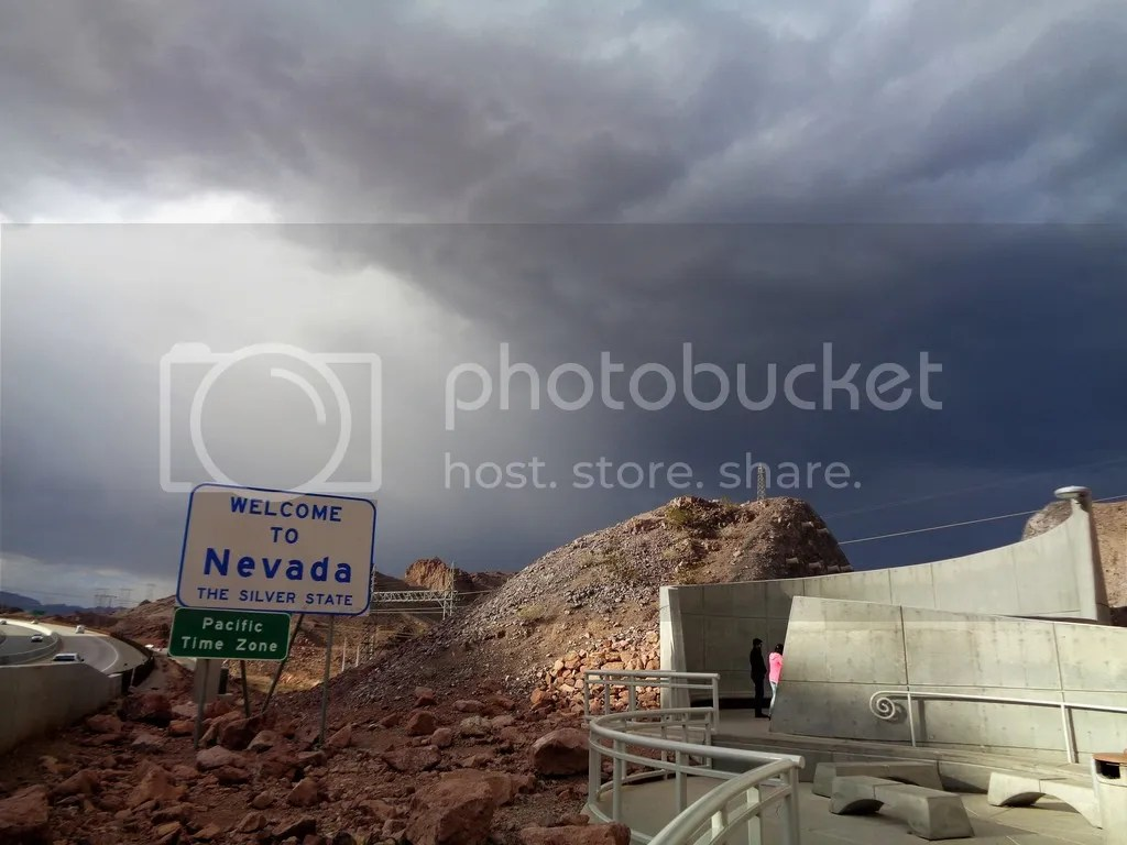 photo Hoover_Dam_5_zpsexbd37ja.jpg