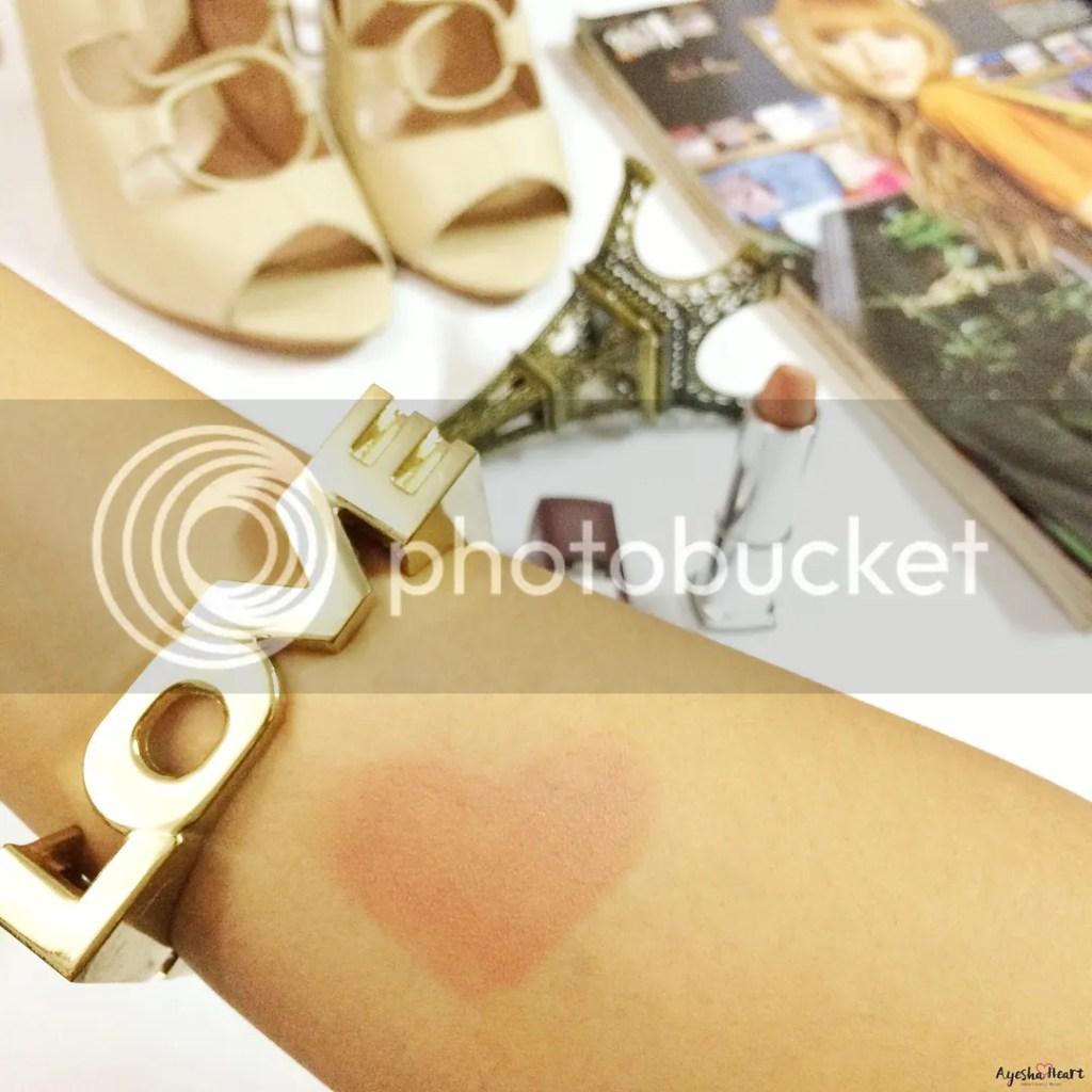 Maybelline Creamy Matte Lipstick in Nude Embrace Swatch