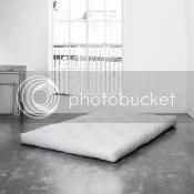 futonmatratze bettauflage kistenbett palettenbett schlafzimmer wohnzimmer gästebett