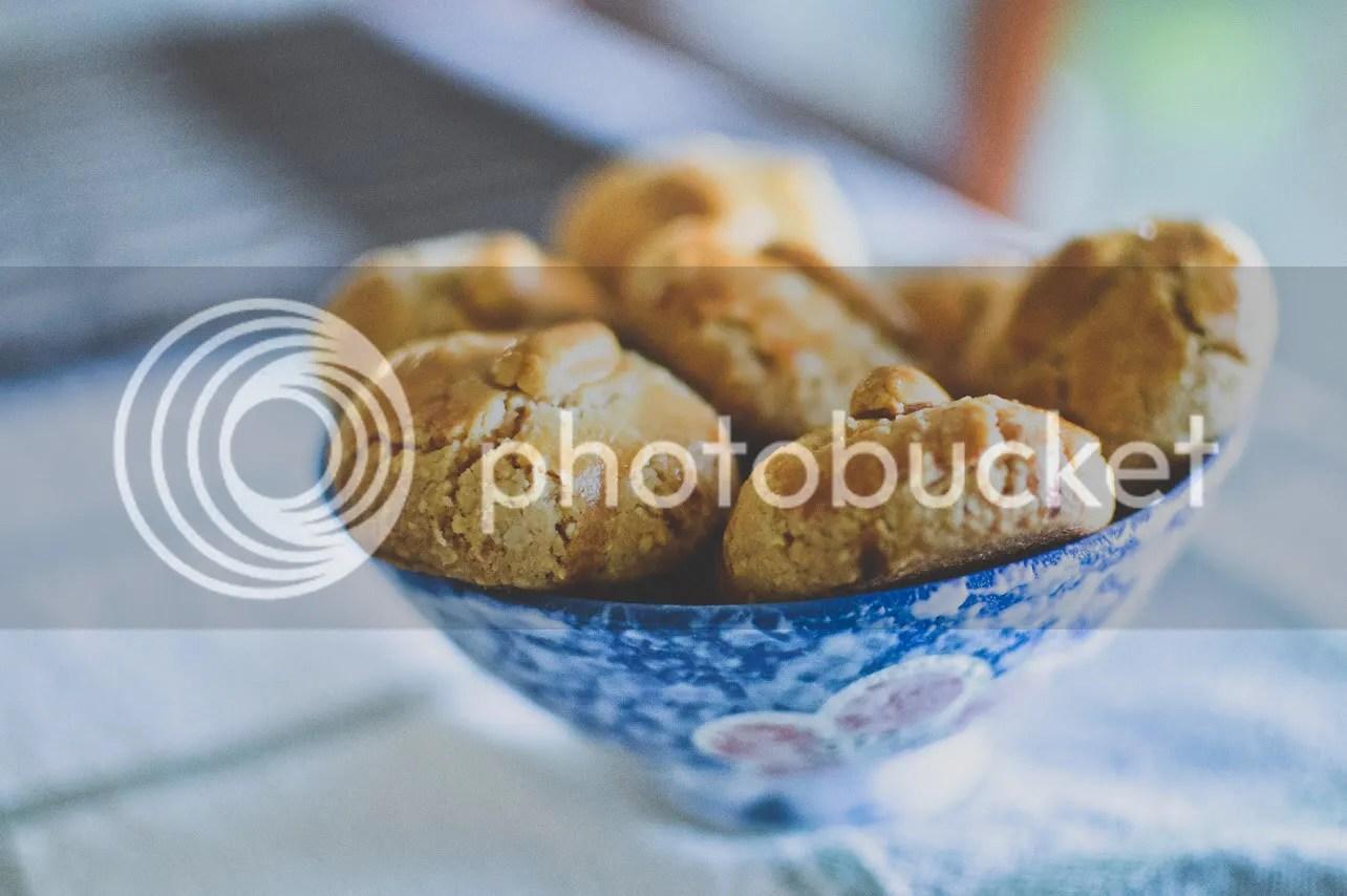 Fragrant Peanut Cookies