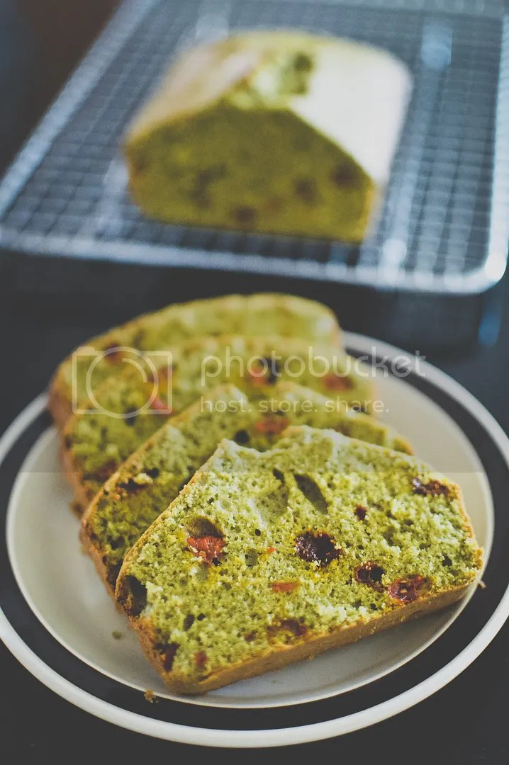 Goji Berry Matcha Cake