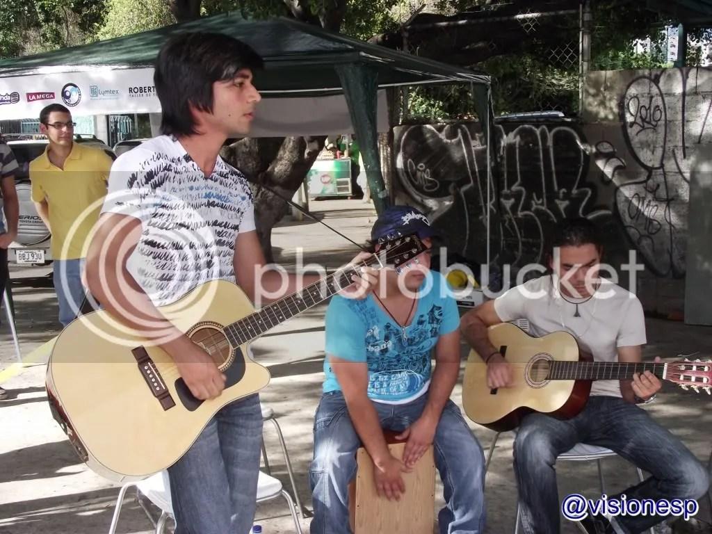 photo fiestavenezuela_zpse6e99520.jpg