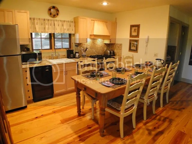 The gorgeous kitchen has many high end touches, Franklin NC Real Estate, Highlands NC Real Estate, Franklin NC Cabins