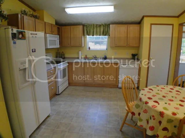 Welcome to the light bright and cheerful kitchen, 556 Park Ridge Drive Franklin NC, Mobile Homes for Sale in Franklin NC