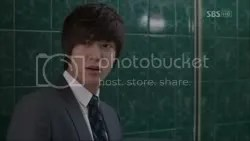 Sinopsis City Hunter Episode 8