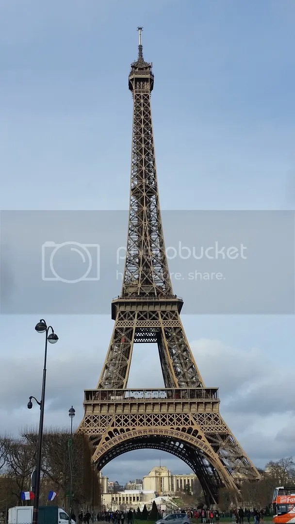 Eiffel Tower in Day - Front
