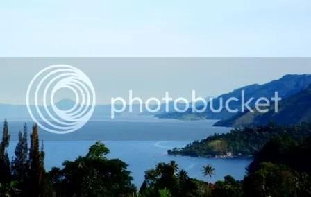 Toba Lake 08