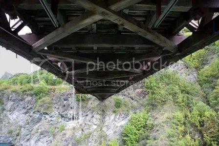 The First Comercial Bungy Jumping Place